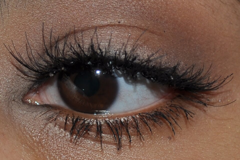 Fake It Till You Make It With Fluttery False Individual Lashes