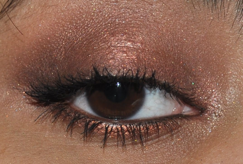 MAC Antiqued eyeshadow look   Bug's Beauty Blog