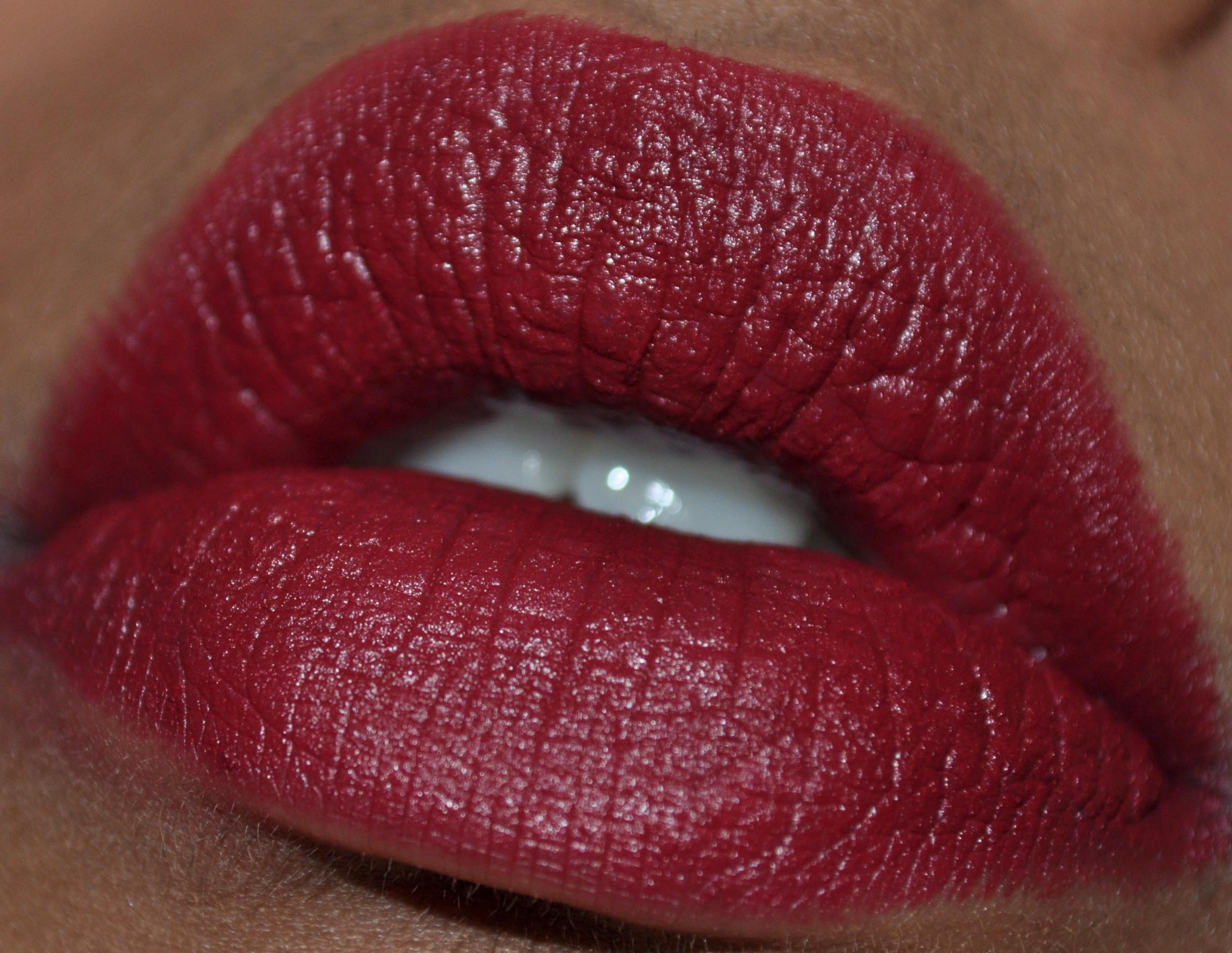 Super Lip of the Day- Chanel Rouge Allure Velvet in La Sensuelle | Bug's  YP07